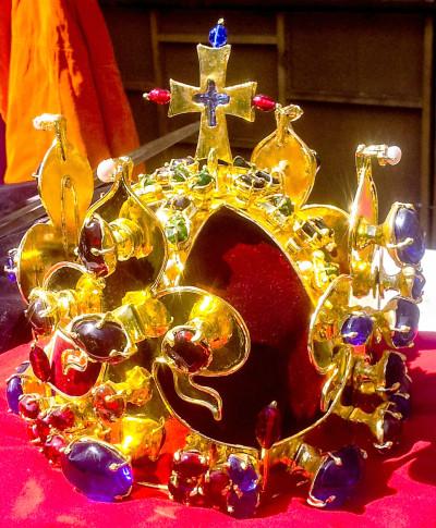 Kopie Svatováclavské koruny, která byla součástí představení