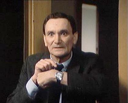 Václav Lohniský jako Hujer ve filmu Marečku podejte mi pero!